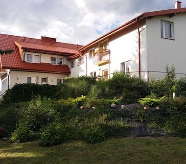 Dobrze funkcjonujący dom seniora w okolicach Warszawy