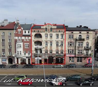 Kamienica na sprzedaż w świetnej lokalizacji w Chorzowie – obok Teatru Rozrywki.
