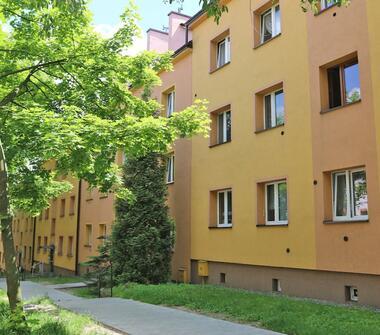 Przytulne, trzypokojowe mieszkanie do własnej aranżacji. Atrakcyjna lokalizacja – Bytków – osi...